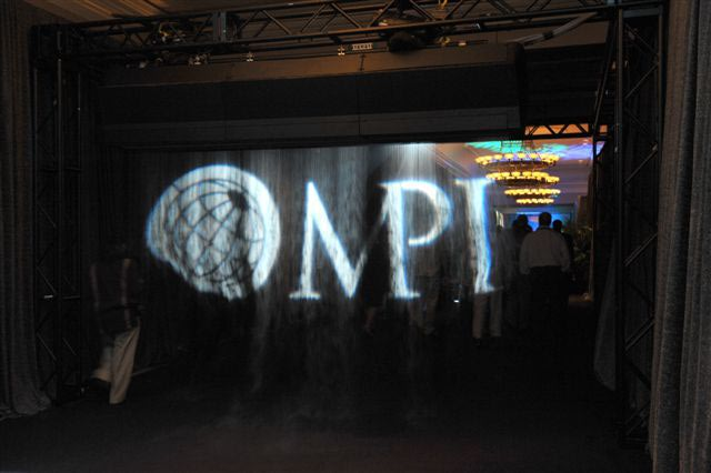 http://0.tqn.com/d/eventplanning/1/0/Y/2/-/-/welcome-reception-fogscreen-tech.jpg