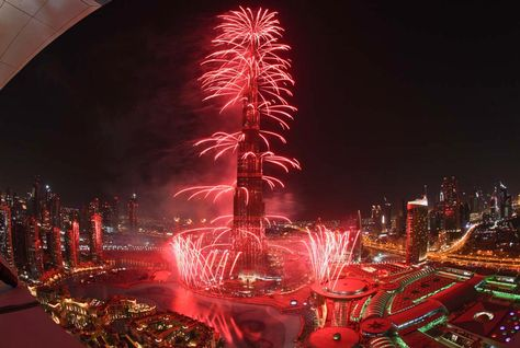 Burj+Khalifa+Fireworks9