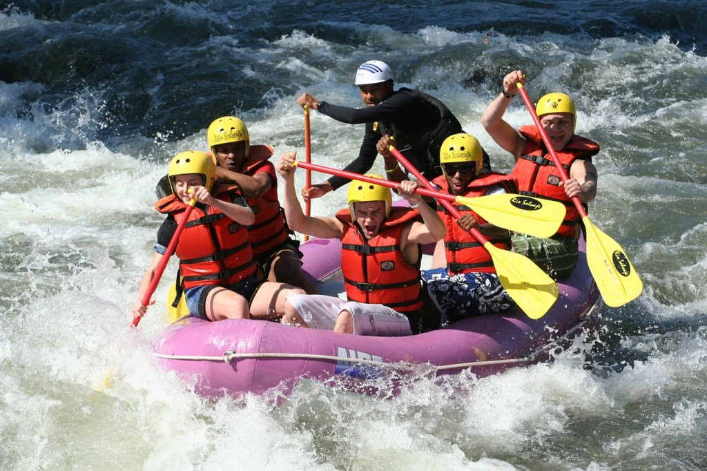 rafting-661716_1280